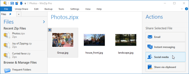 Open Zip file with one picture selected